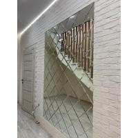 Треугольная зеркальная плитка графит 200х200 мм